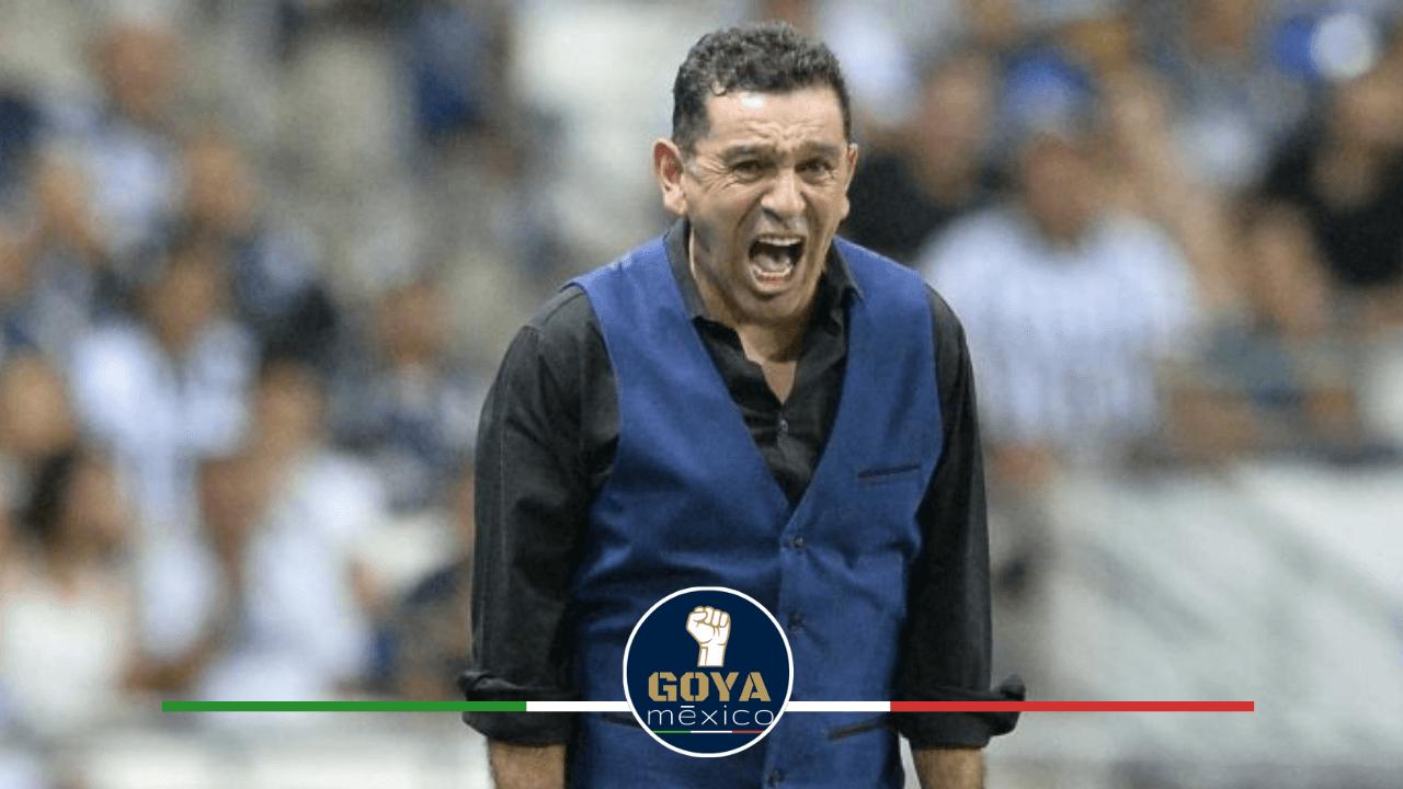 David Patiño habla de como contratan jugadores en Pumas.