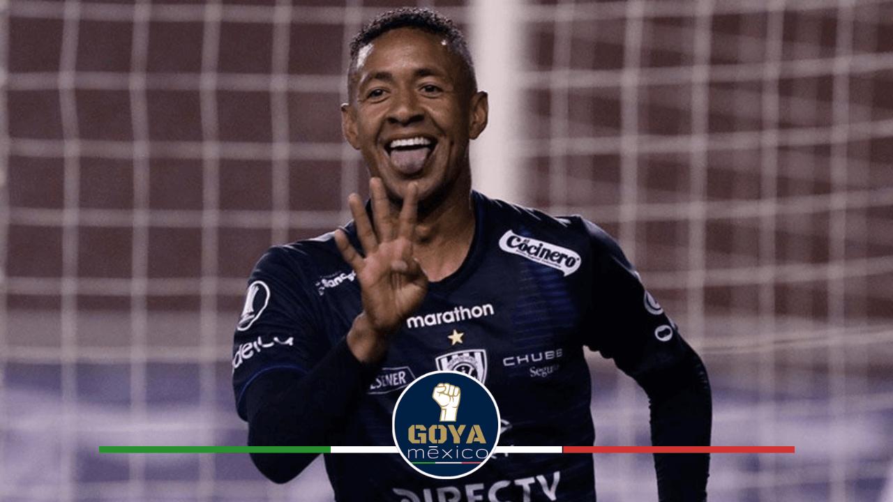 Gabriel Torres, el delantero y goleador Panameño que podría llegar a Pumas.