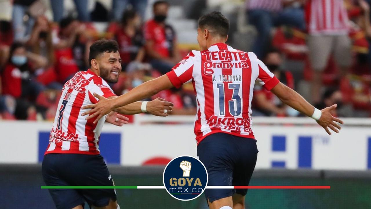 Chivas Pierde a su Mejor Delantero para Enfrentar a Pumas